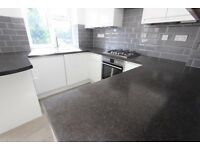SPACIOUS 2 bed flat. AVAIL SEPT. Professional Couple/Family/Sharers. nearby GYM, SHOPPING, PARKING