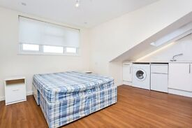 Including Water, Electirc & Gas ** Furnished * Fully fitted Kitchen * Close to Transport Links *