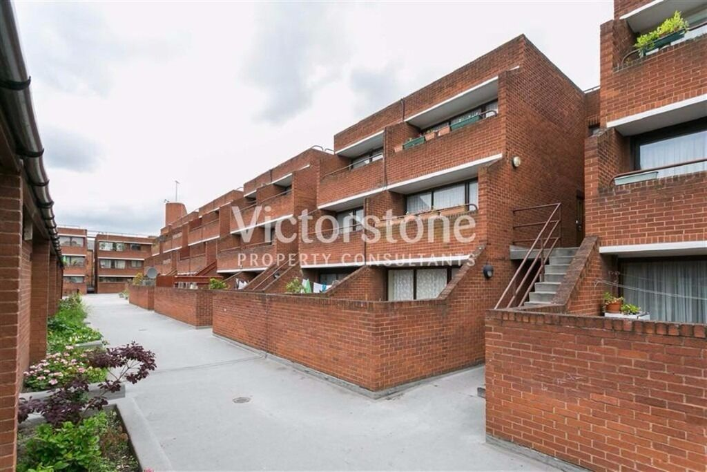 THREE/FOUR BEDROOM SPLIT LEVEL FLAT***HEATING AND HOT WATER IS INCLUDED IN THE RENT**EUSTON**