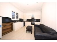 3 bedroom property on Hammersmith road,W6,£450