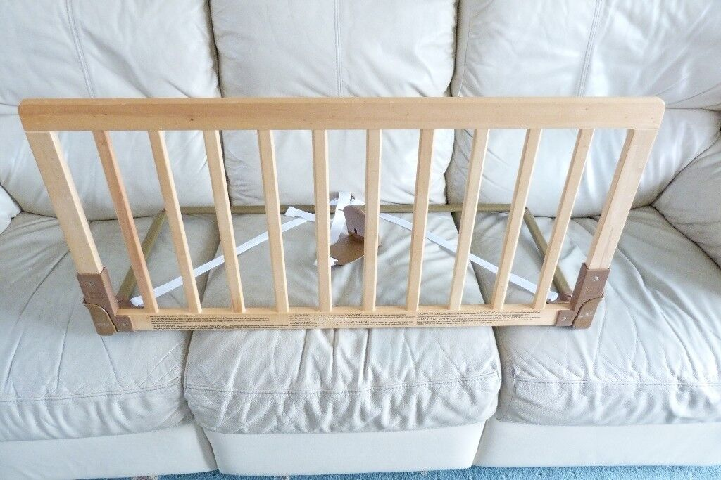 Baby Dan Wooden Bed Guard In Natural With Removable Rail