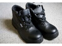 Warrior MMB6 Safety Boot Size 11