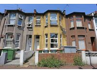 1bedroom ground floor flat with kitchen, dining area, rear garden & a basement *NORMAN ROAD*