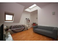 SPACIOUS THREE BEDROOM APARTMENT AVAILABLE FOR RENT