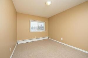 Amazing 3 bedroom Townhome! Pay only $800.00 for the first year! Edmonton Edmonton Area image 7
