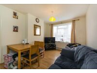 SM4 5HG - LONDON ROAD - A STUNNING GROUND FLOOR 1 BED FLAT SECONDS FROM MORDEN UNDERGROUND -VIEW NOW