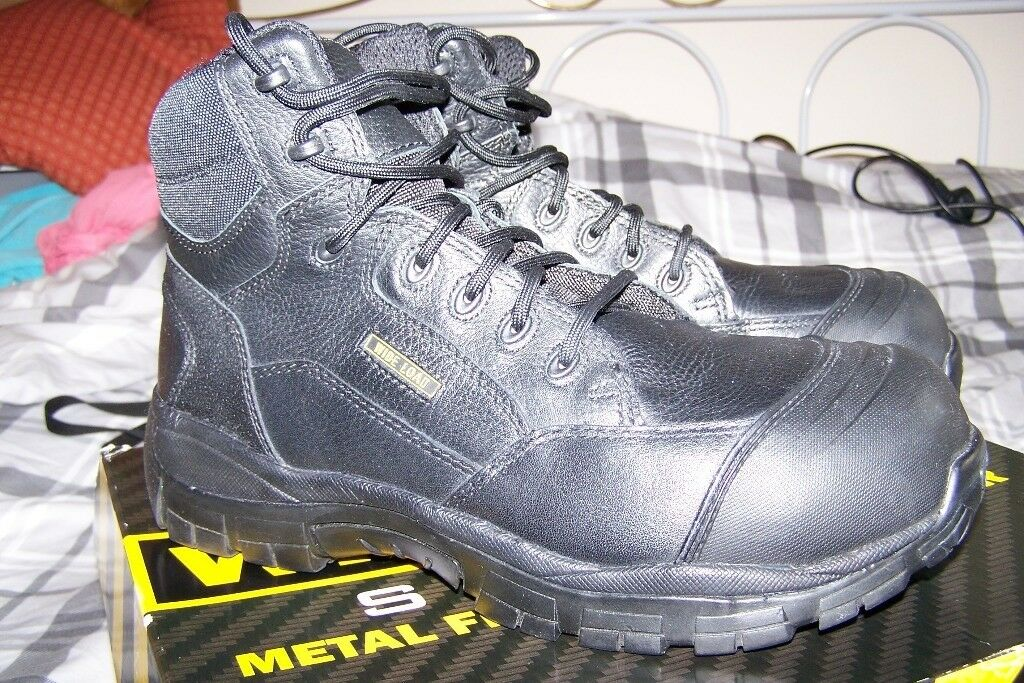 8a62a2beb6c 'Wide Load' Extra Wide Airport Friendly Safety Boots UK 10 As new, worn for  about 2 hours only. | in Littlehampton, West Sussex | Gumtree