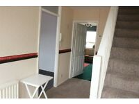 Three bedrooms flat to let