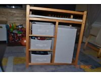 Baby changing unit, table