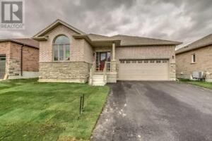 261 FAIRWAY ROAD Woodstock, Ontario