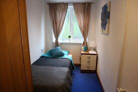 ROOM FROM £65PW