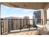 Fantastic size 2 bedroom 2 bathroom 9th floor- River Views- Next to DLR E14 -Available now £365PW-JS