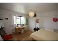4 bedroom house, Neasden