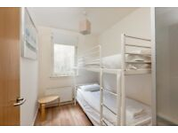 Twin Room available in JANUARY in Grassmarket, Edinburgh (6)