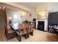 3 bedroom house in Bearfield Road, Kingston Upon Thames, KT2