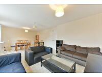 STUDENTS CLICK HERE 6/7 BED TOWNHOUSE 5 BATHROOMS WITH GYM POOL CONCIERGE AND PARKING CALL TODAY