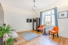 A modern studio flat to rent in the heart of Bayswater