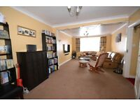 Out class 3 Bedrooms with 2 toilets and Bathroom, One extra Room in Loft house in Hainault