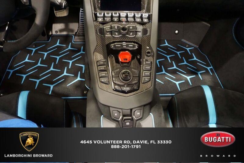 Image 12 Coche Americano usado Lamborghini  2020