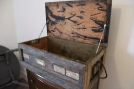 Vintage storage/shipping chest, original condition, rope handles, 1964