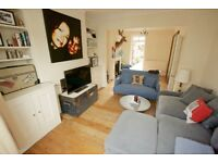 Sunny Room for Rent in South Ealing