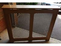 Radiator cover -free standing - oak veneer / brass trellis