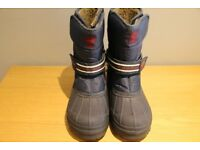 BRAND NEW boys winter/snow boots - size 5 (adult) - From Next. Still have the labels attached.