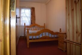 2 bedroom flat in east Finchley available now £1450 per month