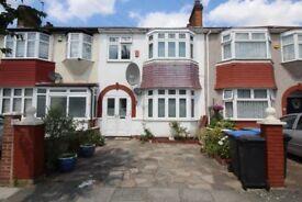 2 bedroom maisonette to rent Northumberland Gardens, London, N9 ALL BILLS INCLUDED