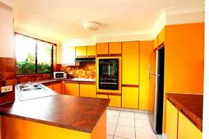 TOWNHOUSE FULLY FURNISHED 3-4 MONTH LEASE Labrador Gold Coast City Preview