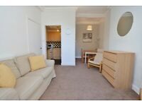 Beautiful Fully Furnished One Bedroom Flat in Gorgie