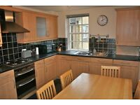 2 bed flat - available 27/10/17 Newhaven Place, Newhaven, Edinburgh