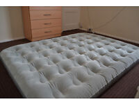 DOUBLE SIZE AIRBED 190 x 140 cm + FOOT PUMP 5L , 2-year guarantee, FREE DELIVERY in Oxford