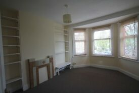 A spacious new decorated two double bedroom flat on Wightman Road in Harringay