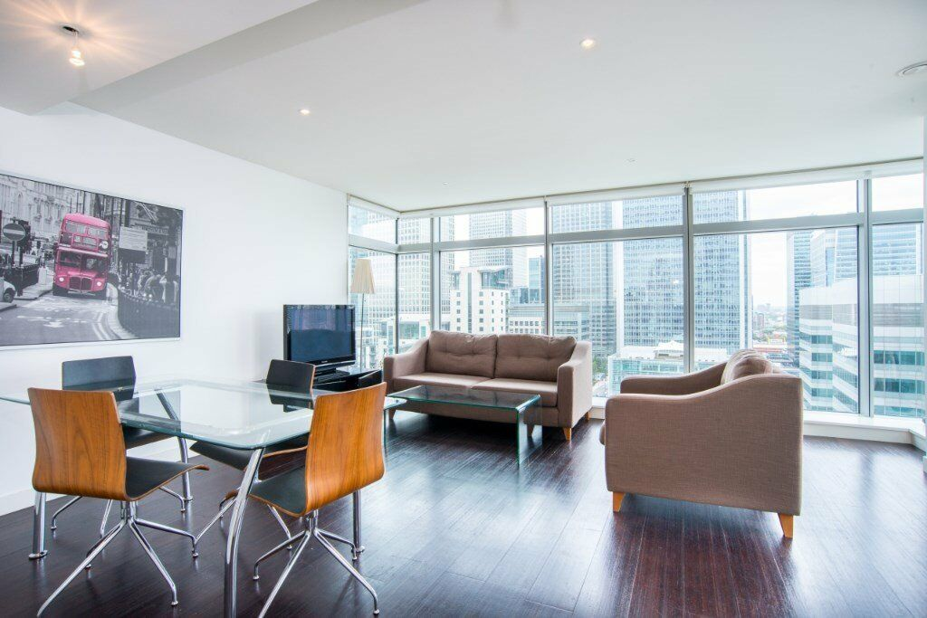 VACANT! - LUXURY 2 BED 2 BATH APARTMENT 23RD FLOOR PAN PENINSULA - CANARY WHARF - DESIGNER FURNISHED