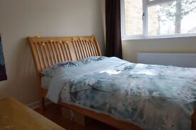 double bedroom in houseshare for 2 people near Frimley Park Hospital