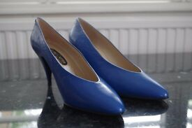 Roland Cartier Blue Leather High Heel shoes UK8