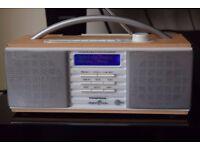 GRUNDIG DAB RADIO WITH DAB ANTENNA CAN BE SEEN WORKING