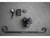 Panasonic Lumix DMC FZ1000 4K Digital Camera 16x Zoom 25-400mm f/2.8 LEICA Lens
