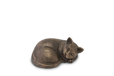 Pet Urn Cat Hand Sculpted Cremation Memorial Urn For Ashes