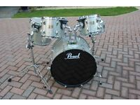 PEARL EXPORT SILVER SPARKLE DRUM KIT. SHELL PACK