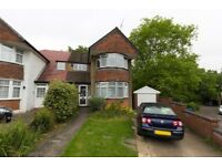 4 bedroom Harrow house to rent with large garden 2 min walk Kenton & Northwick Park Station