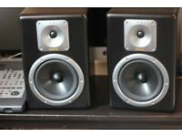 Mackie Tapco S8 Studio Monitors - Active