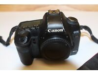 Canon 5D mk II (Body only)