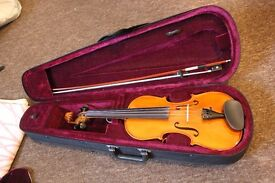 Hofner 4/4 Violin with bow and case