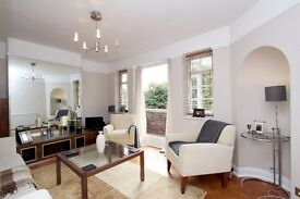 Stunning Interior designed flat in character block close to East Finchley Tube