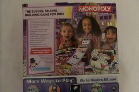 Monopoly Crazy Cash - kids version of monopoly with cash machine and easy instructions