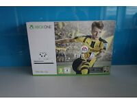 **BRAND NEW** Microsoft Xbox One S 500GB Console with FIFA 17 Bundle White