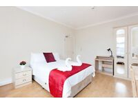 Modern Bedsit Apartment in Baker Street *** Available Now ***
