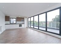 STUNNING 2 BED 2 BATH PENTHOUSE WITH WRAP AROUND BALCONIES! MOMENTS FROM BOUNDS GREEN TUBE STATION!